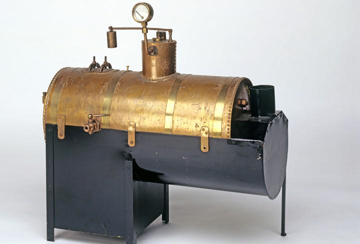 Modell einer Dampfmaschine mit Kessel   LVR-Industriemuseum